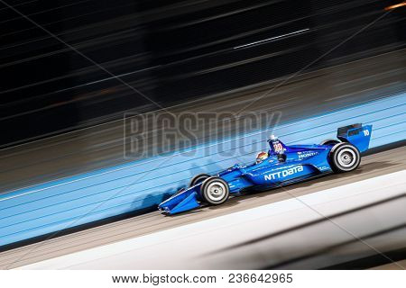 April 06, 2018 - Avondale, Arizona, USA: Ed Jones (10) takes to the track to practice for the Desert Diamond West Valley Casino Phoenix Grand Prix at ISM Raceway in Avondale, Arizona.