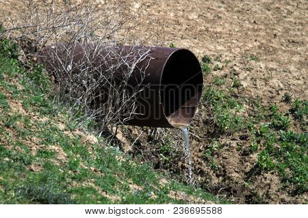 Sewer Pipe Wastes Environment, Natural Water Containment Concept