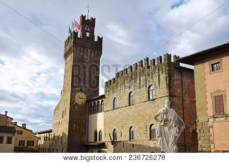 View Of The Town Hall Of The City Of Arezzo - Tuscany - Italy 05