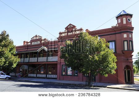 Culcairn, Australia - March 20, 2018:  View Of The Centenary Culcairn Hotel, Which Opened In 1891 In