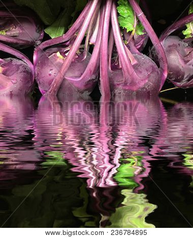 very interestiing vegetable is the Kohirabi with reflection in Water