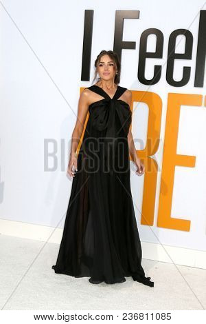 LOS ANGELES - APR 17:  Olivia Culpo at the