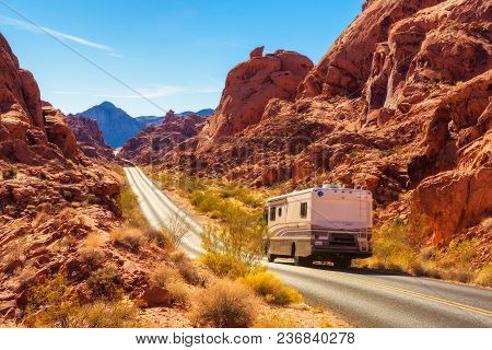 Valley Of Fire, Nevada, Usa - December 29, 2017 : Motorhome Trailer Traveling On The Road In Valley