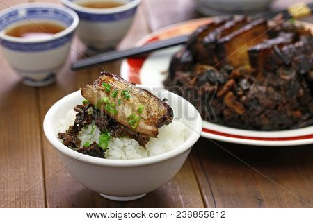 steamed pork belly with preserved mustard greens, Hakka chinese cuisine