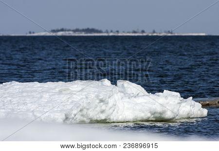 Coast, Coastline, Islands And Shore Of The Baltic Sea In April.