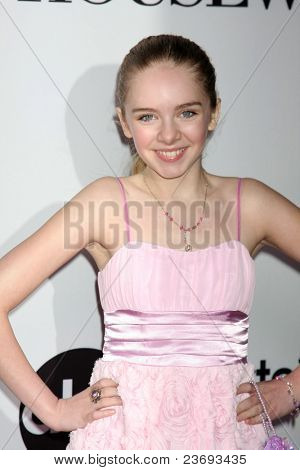 LOS ANGELES - SEPT 21:  Darcy Rose Byrnes arriving at the