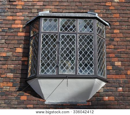 Leaded Glass At Bay Window At Medieval Building In The City Of Canterbury, England