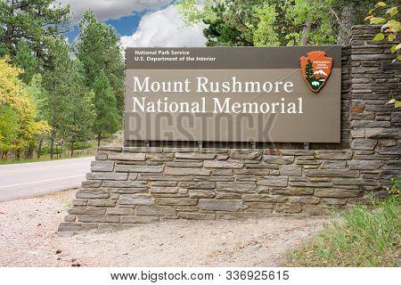 Keystone, Sd - September 25, 2019: Mount Rushmore National Memorial Entrance Sign