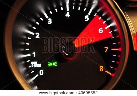 Acceleration meter