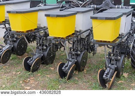 Precision Seed Planter Agriculture Machine Farming Equipment