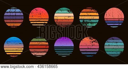 Retro 90s Abstract Ocean Sunset Circle Badges. Surf Beach Graphic Sunrise With Gradient And Grunge T