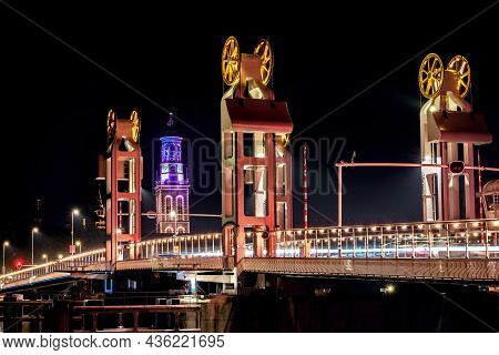 Night Pictures Of The Historical City Of Kampen, Overijssel, Netherlands By Night