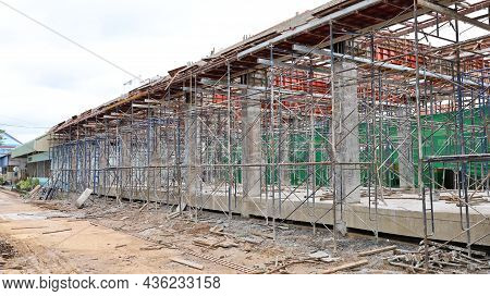 Metal Scaffolding. Steel Scaffolding Is A Temporary Structure To Support The Building Structure Duri
