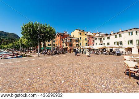 Garda, Italy - May 26, 2021: Downtown Of Garda, Tourist Resort On Coast Of Lake Garda (lago Di Garda