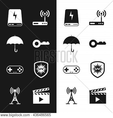 Set Key, Umbrella, Power Bank, Router And Wi-fi, Gamepad And Uv Protection Icon. Vector