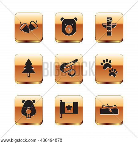 Set Acorn, Beaver Animal, Flag Of Canada, Peameal Bacon, Christmas Tree, Canadian Totem Pole, Kayak
