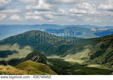 Incredibly Beautiful Panoramic Views Of The Carpathian Mountains. Peaks In The Carpathians On A Back