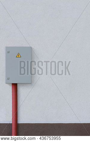 Power Distribution Wiring Switchboard Panel Outdoor Unit, Grey Distributing Board Compartment Box, G