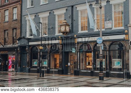 London, Uk - October 02, 2021: Facade Of Open Tiffany And Co Store On Bond Street, One Of The Most F