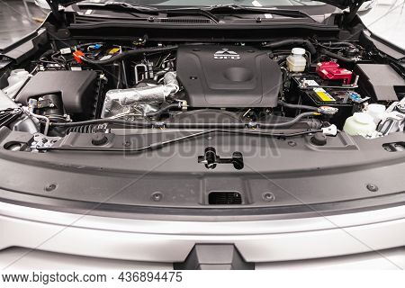 Novosibirsk, Russia - August 31, 2021: Mitsubishi Pajero Sport , Close Up Of A Clean Motor Block. In