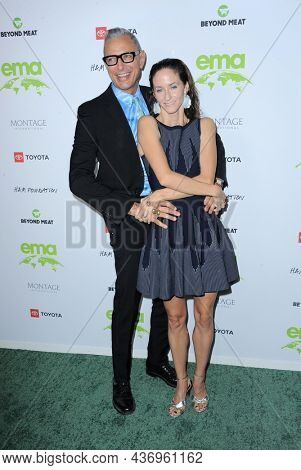 Jeff Goldblum and Emilie Livingston at the Environmental Media Association (EMA) Awards Gala held at the GEARBOX LA in Los Angeles, USA on October 16, 2021.