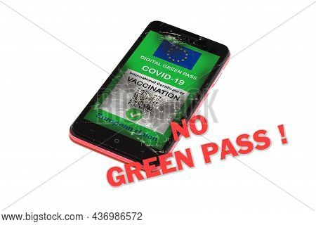 Covid-19 Green Pass. The Digital Green Pass Of The European Union On The Screen Of A Smartphone With