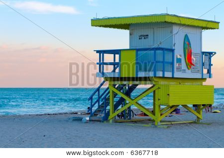 Lifeguard Shelter In Miami