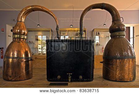 Fragonard Perfume Distiller