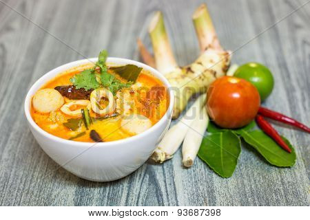 Tom Yum Kung-thai Spicy Soup With Herb Set Of Tom Yum Soup Ingredients On Wood Background