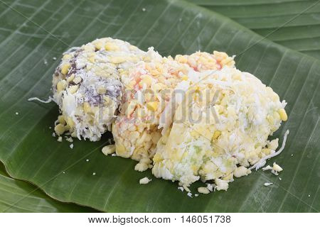mung bean rice-crepe / mung bean with sticky rice crepe and coconut sugar / Thai Dessert