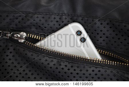 New Dual Camera Smart Phone In Pocket