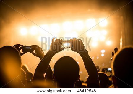 Capturing Best Festival Moments