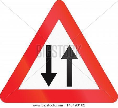 Belgian Warning Road Sign - Oncoming Traffic
