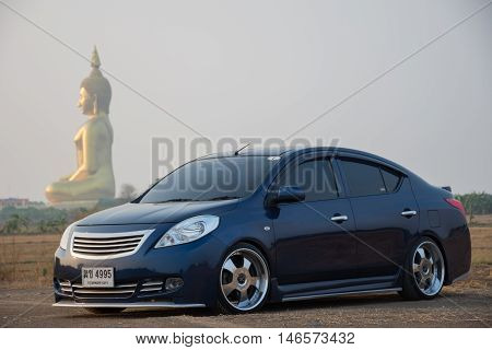 Drive A Car Travel To The Great Buddha Of Thailand In Ang Thong