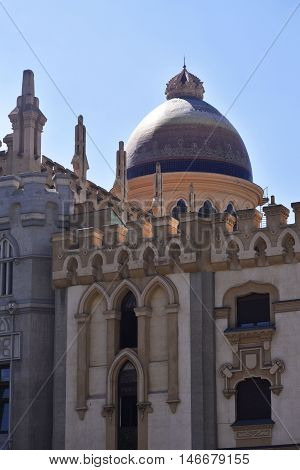 Church of Santa Teresa and San Jose , also called National Church of St. Teresa of Jesus. Gotizante style eclecticism of the nineteenth century , mixed with traces of modernism