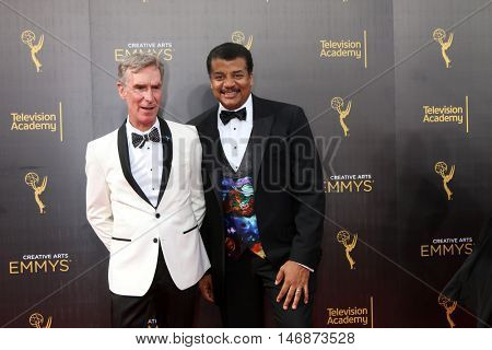LOS ANGELES - SEP 11:  Bill Nye, Neil deGrasse Tyson at the 2016 Primetime Creative Emmy Awards - Day 2 - Arrivals at the Microsoft Theater on September 11, 2016 in Los Angeles, CA