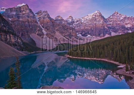Sunrise at Moraine Lake in Lake Louise, Canada