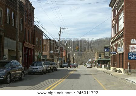 Marshall, North Carolina, Usa - March 17, 2018: The Center Of Downtown Marshall, North Carolina, A S