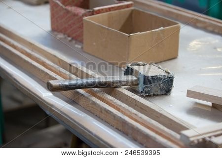 Furniture Hammer.wooden Billet And Special Furniture Tool Hammer.