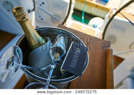 champagne on the yacht