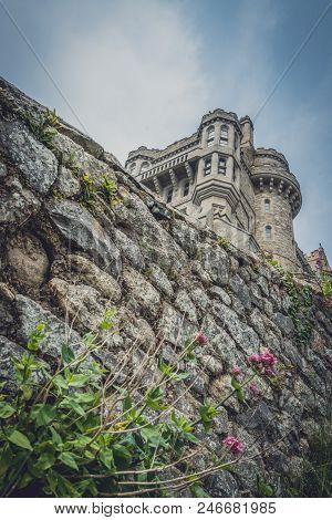 Strong Defensive Walls Of The Mount St Michael Island Fortress, Marazion Near Penzance, Cornwall, Uk