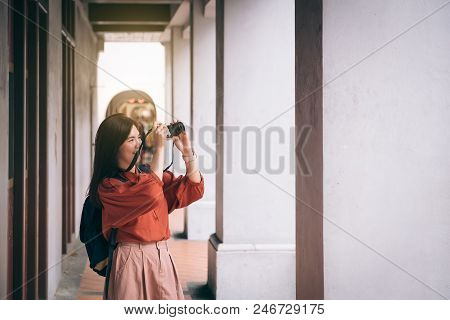 Outdoor Summer Smiling Lifestyle Portrait Of Pretty Young Woman Having Fun In The City In Chaina Tow
