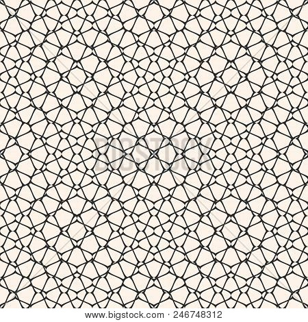 Vector Mesh Seamless Pattern. Subtle Abstract Geometric Ornament Texture With Thin Curved Lines, Del
