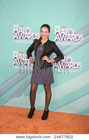 LOS ANGELES - OCT 26: Mary Mouser arriving at the 2011 Nickelodeon TeenNick HALO Awards at Hollywood Palladium on October 26, 2011 in Los Angeles, CA