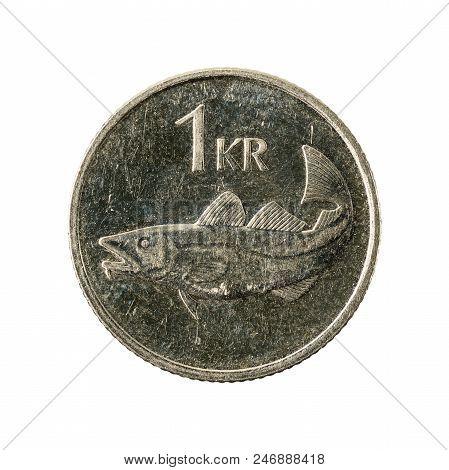 1 Icelandic Krona Coin (2007) Obverse Isolated On White Background