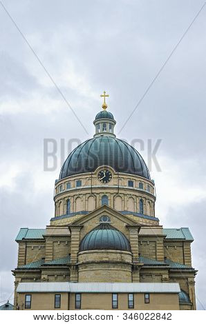 Landmark Basilica Exterior In Lincoln Village Neighborhood Of Milwaukee Wisconsin