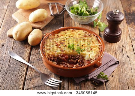 shepherd's pie- baked mashed potato with minced beef