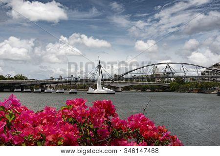 View Across The Brisbane River Towards Goodwill Bridge