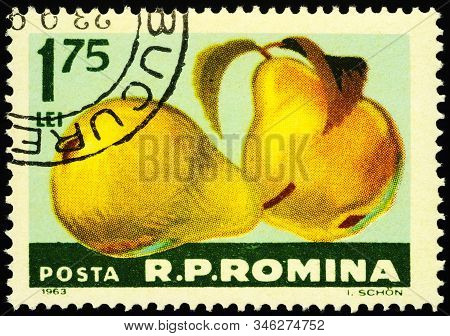 Moscow, Russia - January 21, 2020: Stamp Printed In Romania Shows Pear (pyrus Domestica), Series