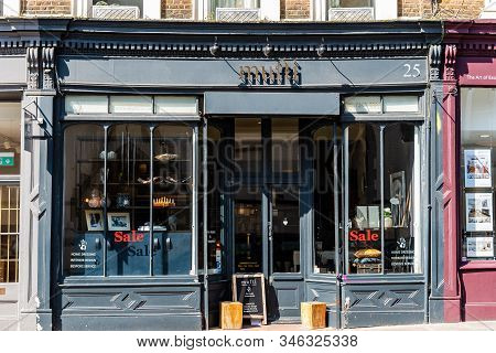 London, Uk - May 15, 2019: Storefront Of Typical Art Store With Sales In Notting Hill. Mufti Store